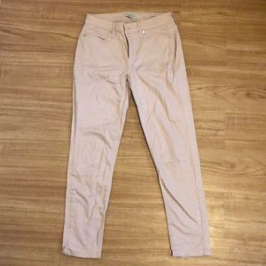 Light pink jeans / trousers
